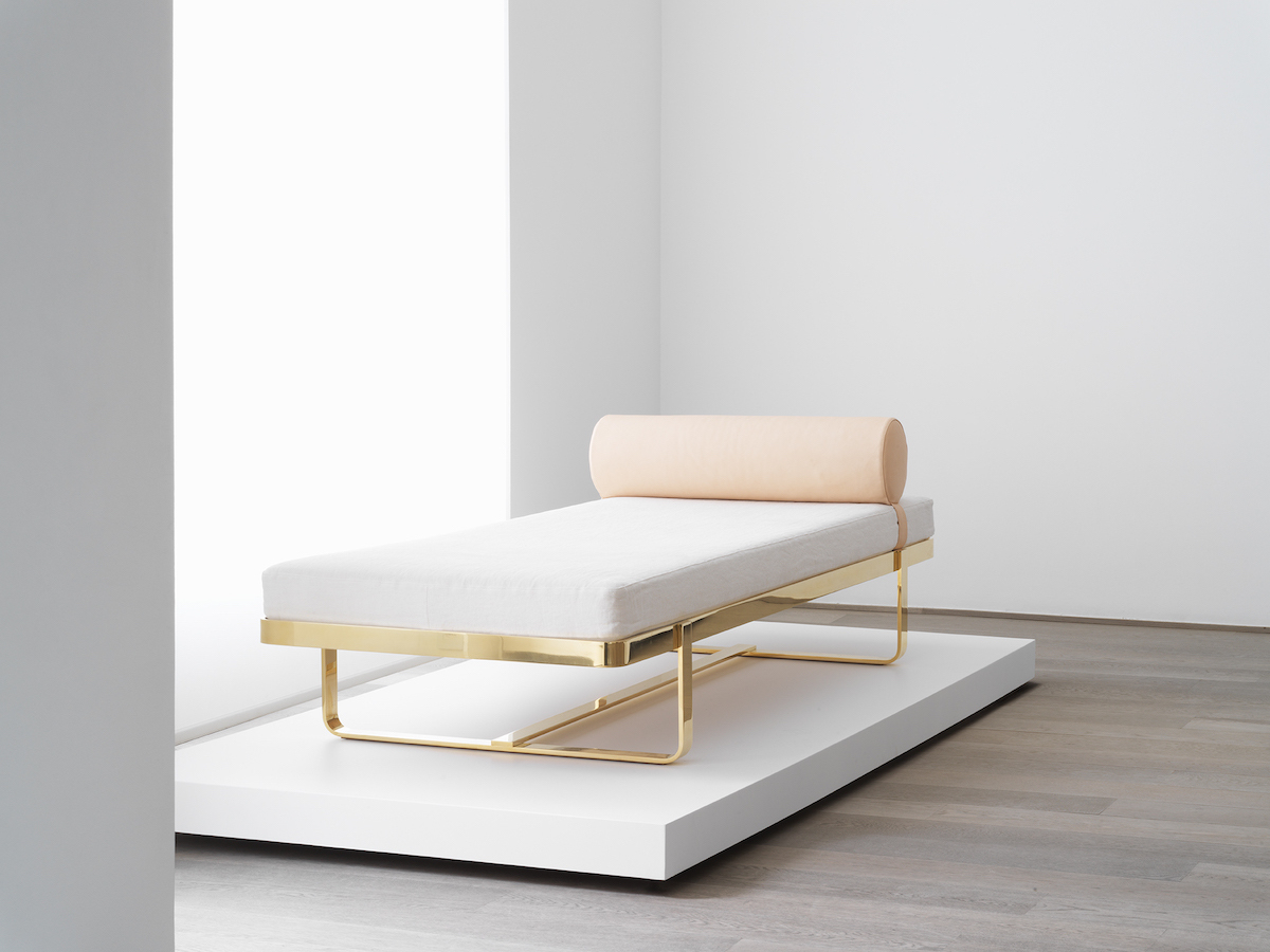 H Bed (Daybed)