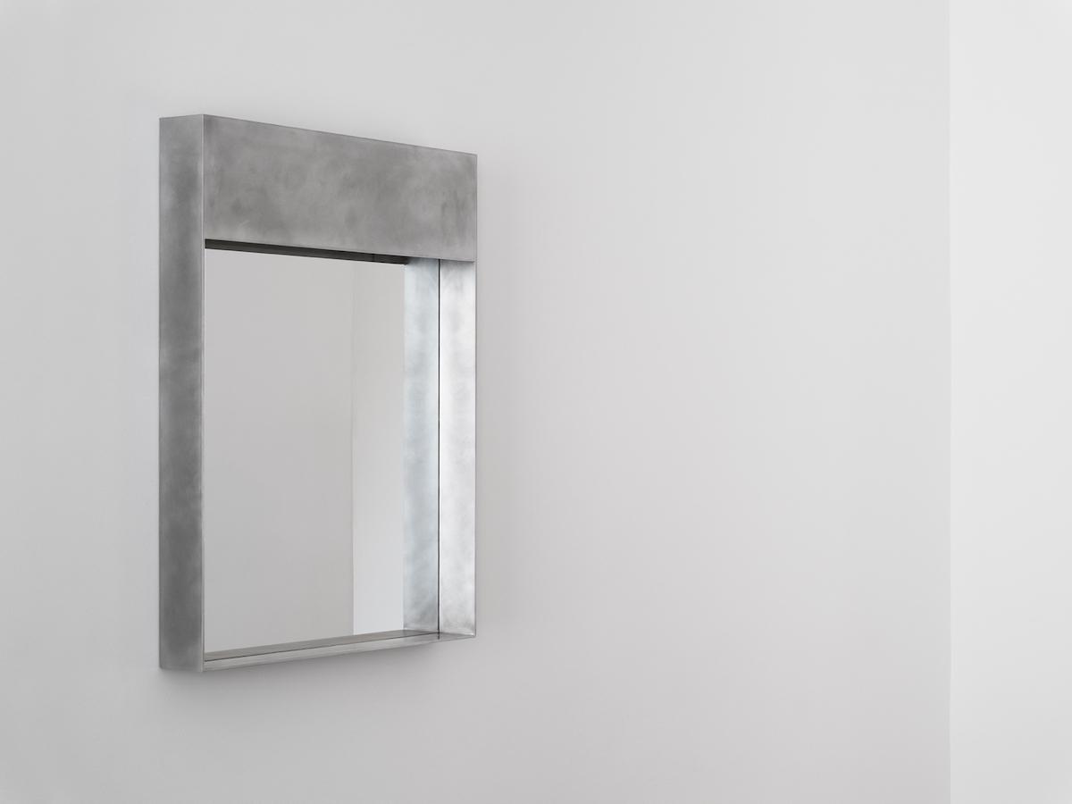 Backstage L (mirror)
