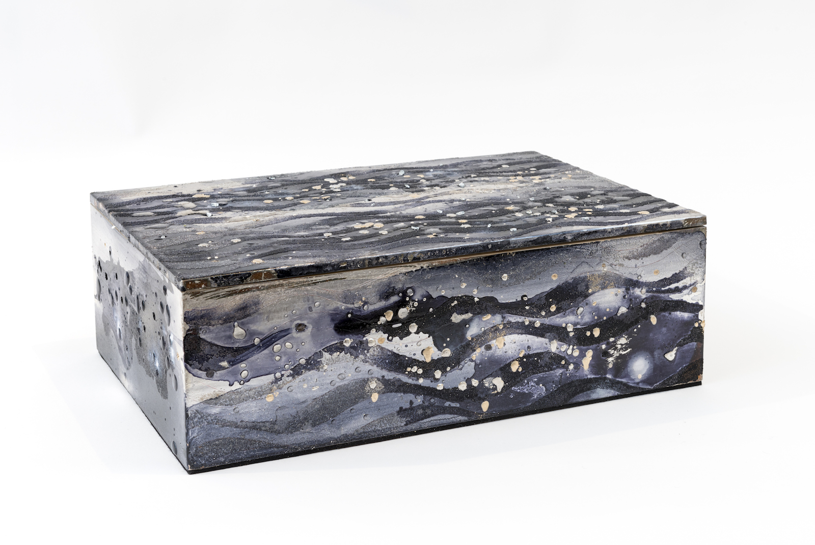 Untitled Silver and Moon Gold Box, 2016